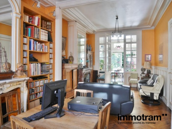 Immobilier Lille - achat Maison tramway Gare Lille Europe